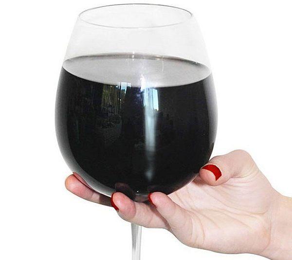full-bottle-of-wine-glass