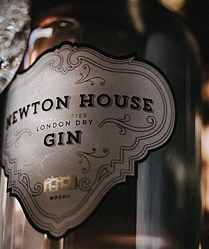 newton-house-gin-bottle-and-glass